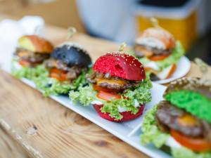 Garden Food Festival letos proběhne v rozáriu. Nabídne pečené pštrosy, raw speciality i cizokrajné dezerty