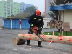 Soutěž Hanácké pilař prověří dovednosti hasičů s motorovou pilou ve čtyřech disciplínách