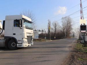 Přerov čekají omezení v provozu na ulici Komenského a uzavírka přejezdu u Dluhonic