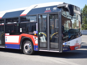 PŘEHLED: Kvůli opravám v Lipenské ulici jezdí autobusy v jiném režimu. Týká se to linek 15 a 25
