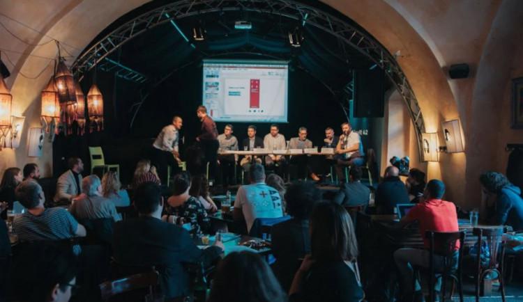 Jak zastavit odliv talentů z Olomouce? Diskutovali zástupci kreativních průmyslů, města a univerzity