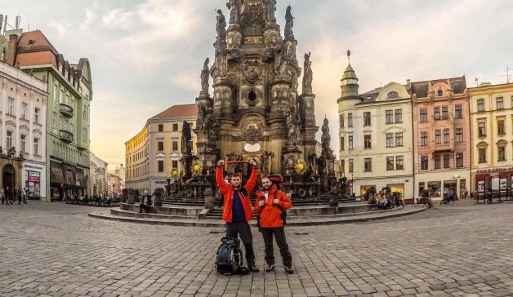 Z OLOMOUCE DO HIMÁLAJE #1: Z Olomouce přes nejnebezpečnější letiště světa do základního tábora