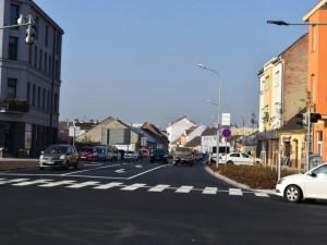 Plumlovská ulice v Prostějově byla znovu otevřena, opravy se zpozdily o dva měsíce