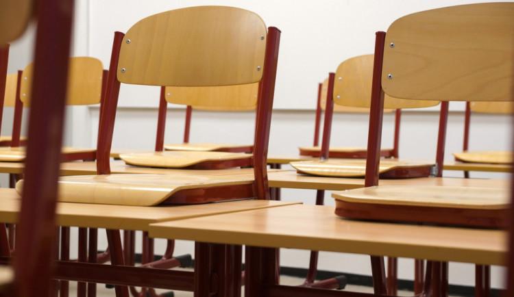 Zítra se bude stávkovat. Zavřená bude velká část základních i středních škol