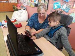 PŘÍBĚHY RANÉ PÉČE: Honzík je důkaz, že i dítě s mozkovou obrnou může chodit do běžné základní školy