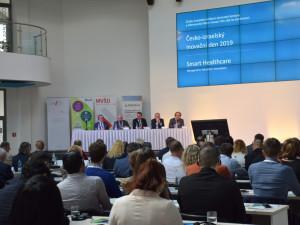 V Olomouci byly představeny nové zdravotnické technologie. Pomůžou třeba s diagnostikou Parkinsonovy nemoci