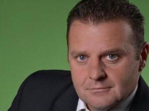 AKTUALIZOVÁNO: Ondráček v disertační práci opisoval, novinářům položil telefon