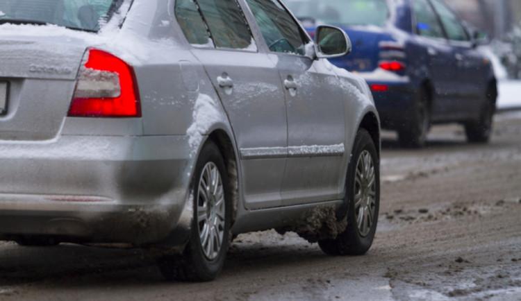 Krajská správa pomůže soukromým firmám se zimní údržbou silnic první třídy