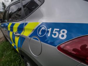 Opilý řidič srazil v Otaslavicích osobním autem v noci chodce