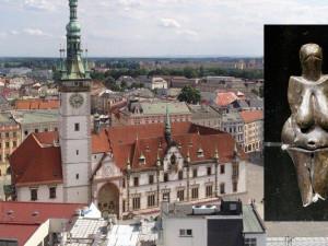 Věstonická venuše poprvé v Olomouci. Město čekají bezpečnostní opatření