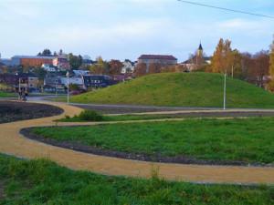 V novém parku v Zábřehu jsou už vybudované cesty a in-line dráha
