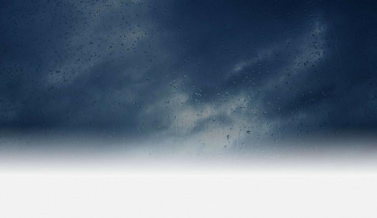 POČASÍ NA ČTVRTEK: Dnes nás čeká zataženo, občas i zaprší
