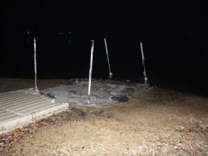 Neznámý pachatel způsobil požár na plastovém mole, škoda byla vyčíslena na bezmála 200 tisíc