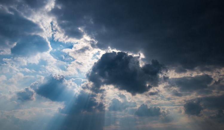 POČASÍ NA PÁTEK: Oblačno, ale odpoledne se ukáže sluníčko