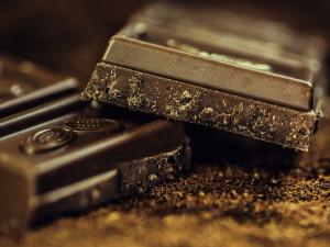 Mlsoun chtěl ukrást přes tři kila čokolády. V krádežích podle strážníků není nováčkem