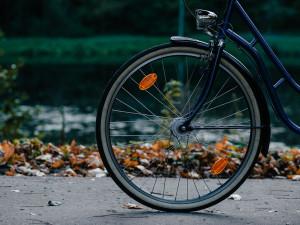 Policisté zkontrolovali na třicet cyklistů a zjistili dva přestupky