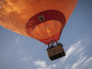 Dopisy dětí Ježíškovi nesl do nebe horkovzdušný balón. Všechny byly doručeny