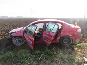 Nepozorností při jízdě po dálnici způsobil nehodu v obou směrech