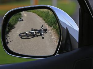 Důchodce v Přerově srazil nezletilého cyklistu. Policie hledá svědky nehody