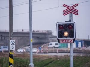 Prostějov si připomíná jednu z nejtragičtějších železničních nehod. Před patnácti lety tam zahynulo pět vojáků