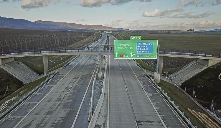Dnes se otevírá nový úsek dálnice D1 mezi Přerovem a Lipníkem nad Bečvou