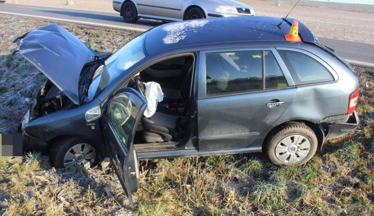 AKTUÁLNĚ: Dvě nehody zkomplikovaly průjezd silnicí mezi Přerovem a Olomoucí
