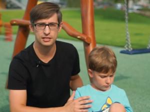 ROZHOVOR: Tomáš Nábělek se snaží založit třídu pro autistické děti, pomoci můžou firmy i jednotlivci