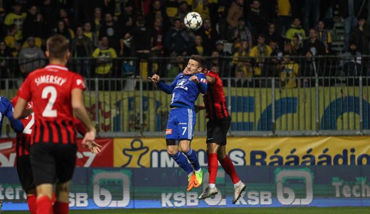Fotbalová Sigma Olomouc vykázala ztrátu přes dva miliony, měla i nižší tržby