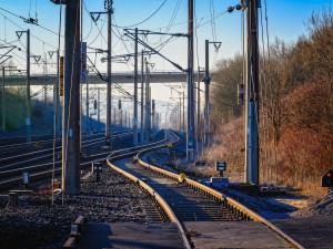 Z důvodu výluky na trati mezi Olomoucí a Šternberkem bude jezdit náhradní autobusová doprava