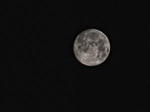 Dnes večer bude vidět polostínové zatmění Měsíce
