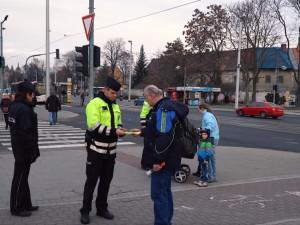 VIDEO: Proběhla celorepubliková dopravně bezpečnostní akce. Na Olomoucku zkontrolovali na tři sta účastníků