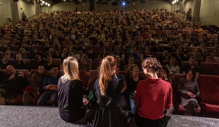 Klusák se vrátí s filmem V Síti do kina Metropol. Snímek o online zneužívání nezletilých uvede v březnu