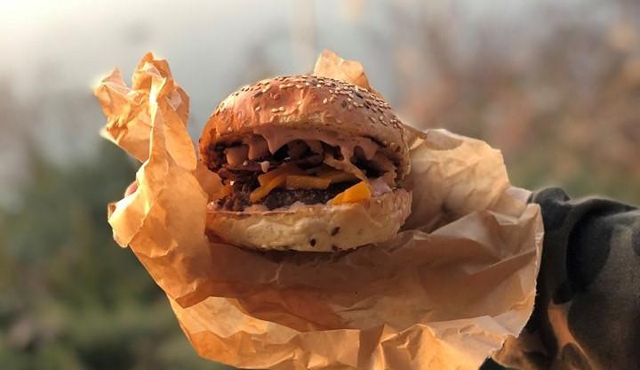VÍKEND PODLE DRBNY: Hokej, burgery a divadlo