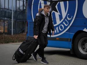 FOTO/VIDEO: Fotbalisté Sigmy Olomouc odcestovali na soustředění do Turecka