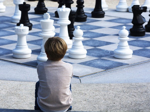 Prostějov se snaží zatraktivnit šachovnicemi a cyklostojany. Předpokládané náklady projektu přesahují 200 tisíc