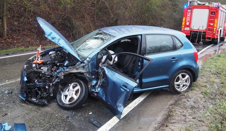 Ve Vitošově se střetlo osobní auto s náklaďákem. Okolnosti jsou stále předmětem šetření