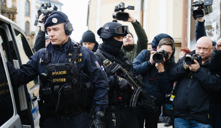 FOTO/VIDEO: Do Olomouce dorazila Keltská hlava, k vidění bude jen čtrnáct dní