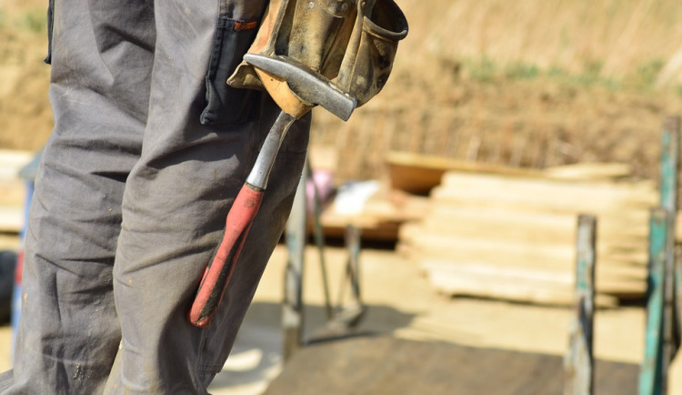 V Česku ubývá řemeslníků, mladí nestačí nahrazovat důchodce. Chybí jich 400 tisíc