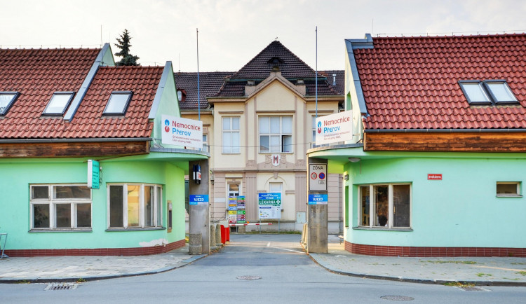 Přerovská nemocnice obhájila pracoviště původně německé metody bazální stimulace. Připravuje také výukové centrum
