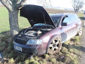 Řidiče vybrzdil a ujel. Policie žádá o pomoc při vyšetřování případu