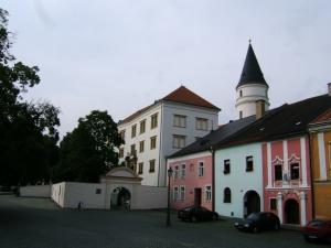 Přerovské Muzeum Komenského otevře výstavu, která představí šest historických období očima žen