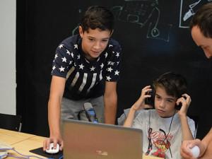 Vault 42 nabízí kreativní příměstské tábory zaměřené na fotografii a digitální tvorbu