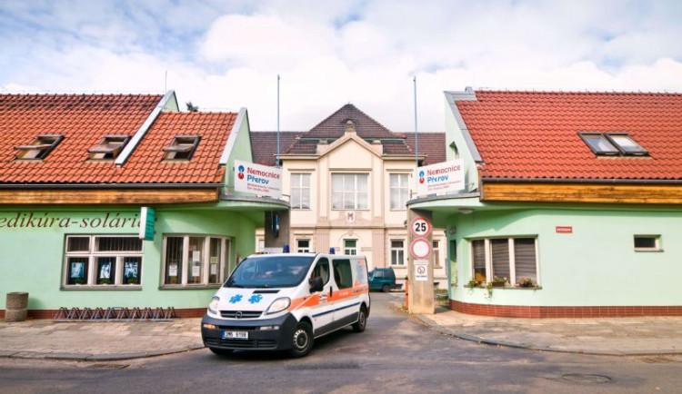 Nemocnice v Přerově, Prostějově a ve Šternberku od pátku odvolávají zákazy návštěv