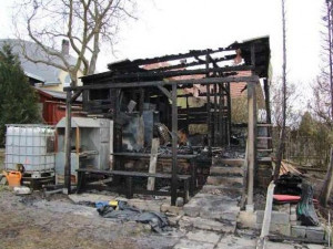 Policie vyšetřuje požár zahradní chatky v Olomouci