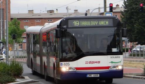 Autobusy v celém kraji se budou čistit speciální metodou