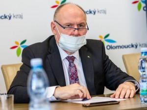 Nošení roušek bude ode dneška po celém Olomouckém kraji povinností