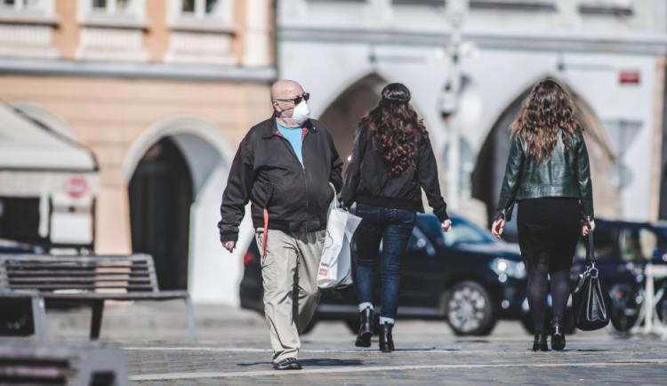 Během neděle přibylo dalších 6 nemocných. Olomoucký kraj jich má 81