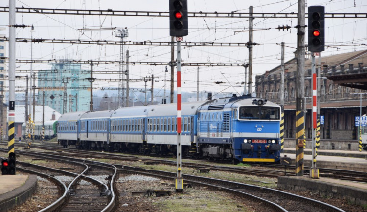V Olomouckém kraji dojde od příštího týdne k omezení také vlakové dopravy