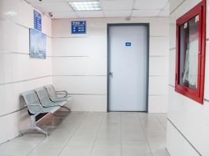 Pacient jesenické nemocnice okradl personál. Hrozí mu osmileté vězení