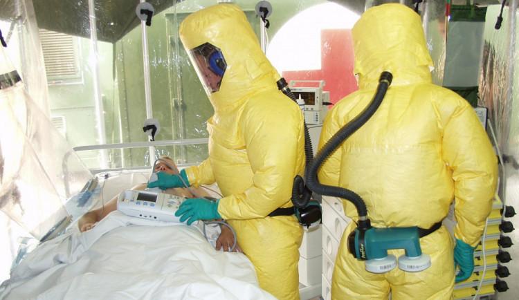 Včera zemřeli dva lidé s nákazou covid-19. V kraji je v souvislosti s novým koronavirem celkem šest úmrtí